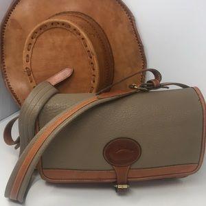 Dooney & Bourke Vtg all weather British tan bag